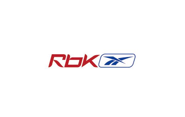 用带有尖角的英文字体以及尖锐锋利的图形组合成运动品牌logo锐步